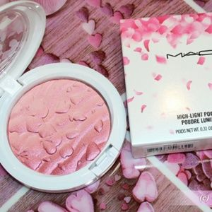 Mac, high-light powder fleur real for 0.31oz.